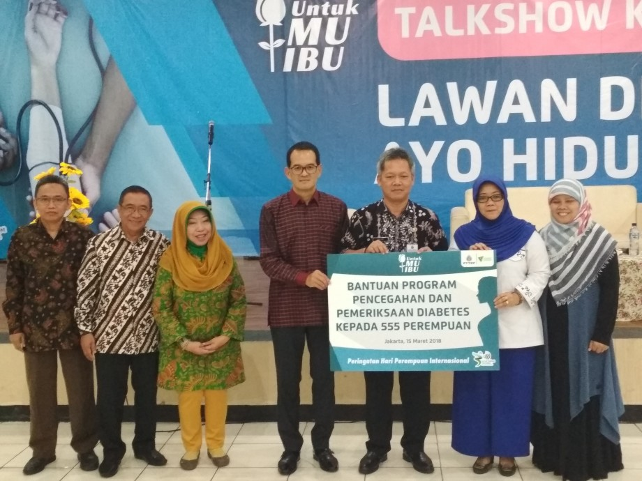 PTTEP's CSR projects in Indonesia and Songkhla honored with