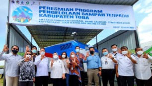 Berita Integrated Waste Treatment Area in Toba Regency Officially Operates